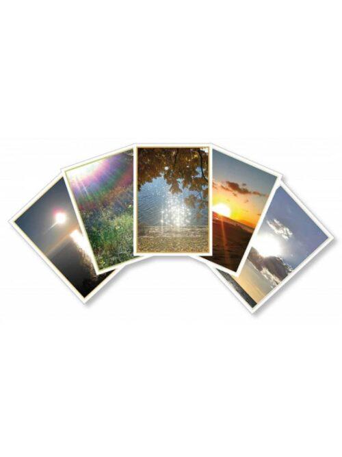 Nike Kasis Sunshine Present Cards - Das Sonnenwort 55 Sonnenkarten - Licht für ein neues Bewusstsein Format 10,5 x 14,5cm, Ausführliche Anleitung ISBN 978-3-902280-44-2